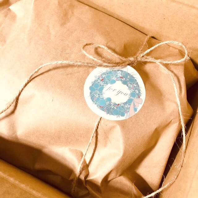 Frozen roux gift wrapping